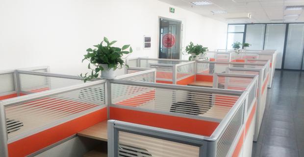 方正宽带网络服务有限公司沈阳分公司工作环境办公室
