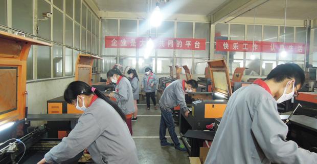聊城腾达工艺品有限公司工作环境车间内景