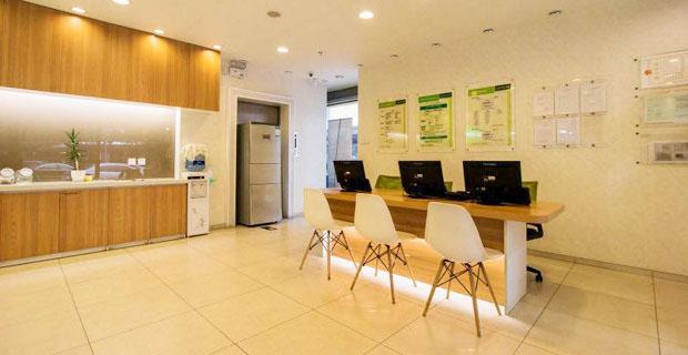 北京链家房地产经纪有限公司青年路西里分店工作环境