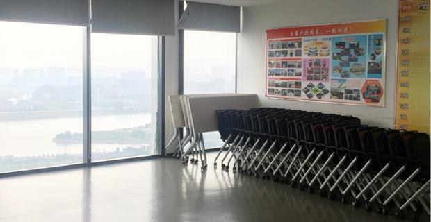 阿里巴巴(中国)网络技术有限公司工作环境江景办公室和会议室