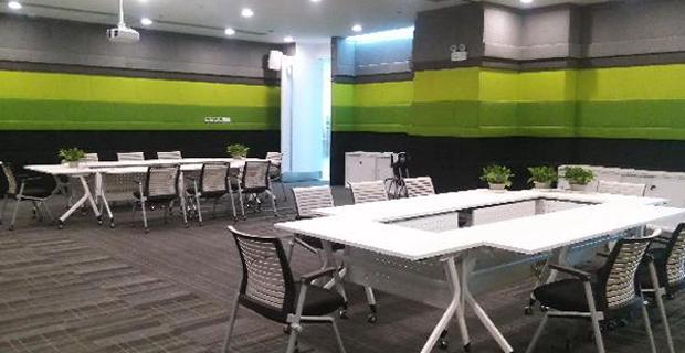 烟台欣和企业食品有限公司工作环境会议室