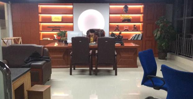 益阳市汇容炬力商务信息咨询有限公司工作环境办公室一