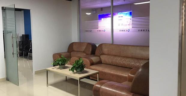 益阳市汇容炬力商务信息咨询有限公司工作环境办公室一角